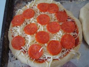homemade-pizza-3
